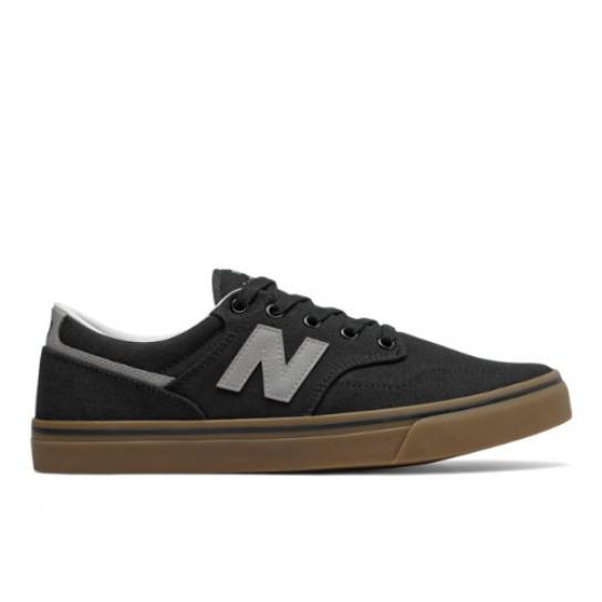 New Balance AM331NWH - Preto